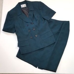 Le Suit Emerald & Black Skirt Suit